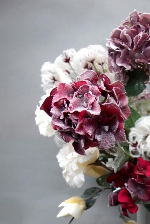 Zasněžené květiny