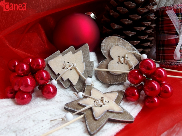 Vánoční kolekce dekoračního zboží.